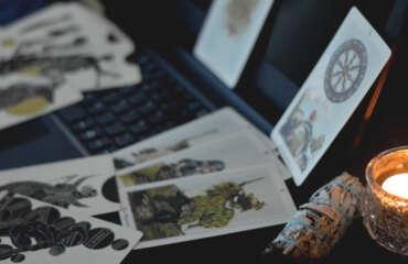Lecturas de tarot por videollamada, aes-shide